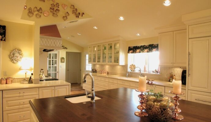 Miami-Dade Kitchen & Bath Remodeling - best countertops, bathrooms, renovations, custom cabinets, home additions- 108-We do kitchen & bath remodeling, home renovations, custom lighting, custom cabinet installation, cabinet refacing and refinishing, outdoor kitchens, commercial kitchen, countertops, and more
